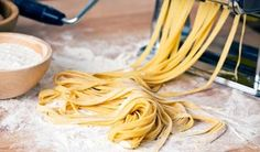 fresh pasta and pasta machine on kitchen table - stock photo Frugal Meals, Quick Meals, Healthy Snacks, Healthy Recipes, Snack Recipes, Cooking Recipes, Pasta Machine, Pasta Maker, Al Dente