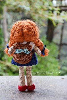 Amigurumi doll - back to school with wool - besenseless.blogspot.com #amigurumidoll