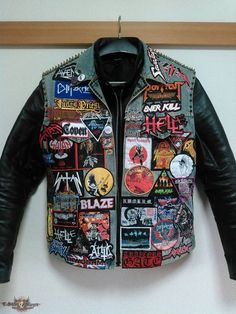 My vest I still need to get some pins and studs, but it's done. Punk Outfits, Gothic Outfits, Grunge Outfits, Cool Outfits, Jean Vest, Vest Jacket, Heavy Metal, Leather Sleeve Jacket, Pride And Glory