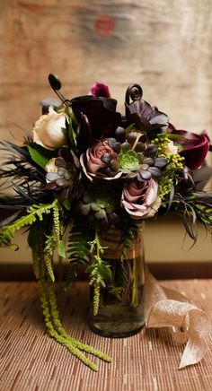 floral arrangement succulents flowers by flora nova design Photography: The Popes