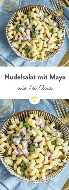 Wie von Oma: Klassischer Nudelsalat mit Mayonnaise Kringelige Hörnchennudeln, small peas, diced gherkins, the best meat sausage and plenty of mayo – so succeed the pasta salad as grandma. Pasta Salad Recipes, Shrimp Recipes, Carne, Salad Works, Salad Vinegar, Creamy Cucumber Salad, Easy Cheesecake Recipes, Best Meat, Le Diner