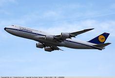Photo Lufthansa Boeing 747-830 D-ABYT