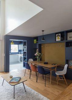 salle manger gcg architectes appartement priv paris 18 avec cuisine bleue