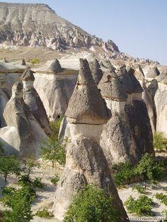 Inspiration For Landscape photography Picture Description Cappadocia, Turkey Beautiful Landscape Photography, Beautiful Landscapes, Nature Photography, Travel Photography, Photography Magazine, Wonderful Places, Beautiful Places, Asia Travel, Travel Tourism
