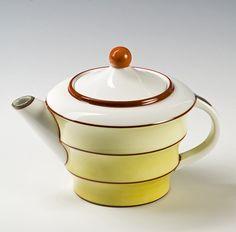 Nora Gulbrandsen, Porsgrunds Porselænsfabrik AS, Teapot, 1929 1920s House, Tea Cup Set, Cupping Set, Fine China, Kettle, Art Decor, Tea Pots, Porcelain, Pottery