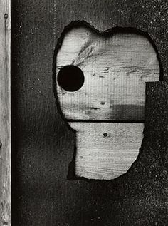 Aaron Siskind: Abstractions   The Art Institute of Chicago FRAMING PRESENTATION: Profile: 114 Wood: maple Finish: 13 black opaque #photography #exhibitionframes
