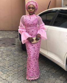 Latest WDN's Aso Ebi Collection for Women - Reny styles Nigerian Lace Styles Dress, Ankara Long Gown Styles, African Lace Styles, Lace Gown Styles, African Maxi Dresses, African Dresses For Women, African Attire, African Women, Ankara Dress