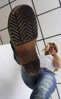 Clogs Outfit, Sandals Outfit, Clogs Shoes, Ballbusting Kick, Girl Soles, Martial Arts Women, Skirts With Boots, Female Supremacy, Women's Feet