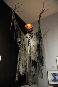 The best do it yourself halloween decorations spooktacular looks like jack solutioingenieria Images