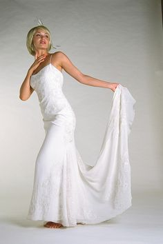Mika Inatome Wedding Gowns