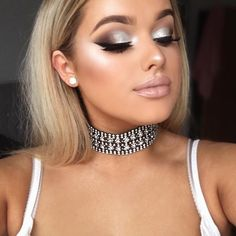 "5,697 Likes, 40 Comments - RACHEL LEARY (@rachleary) on Instagram: ""My silver + sparkly prom smokey eye tutorial is now UP ON MY YOUTUBE CHANNEL! Direct link is in my…"""
