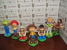 Dareliart: Turma do Toy Story - Encomenda da Michelle Turma do Toy Story em EVA 3d (7 personagens) Compre por apenas R$ 123,43 Televendas: (21) 4119-3766 E-mail: dareliart@hotmail.com Site: http://dareliart.com.br
