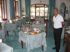 ...le colazioni iniziano sempre un po' più tardi...  #Vacanze #Ischia