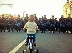Touching, must-see photo from anti-Putin March Of Millions going on now in Russia. A photo destined to be republished and shared everywhere.
