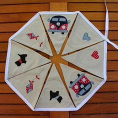 A really fun camper van motif bunting with a unique design which would look great in any room in your home or even in your own camper van! The bunting is made from a lovely linen mix fabric and measures 2 metres in length with 8 flags. Bunting Garland, Motif Design, Scottie Dog, Campervan, Soft Furnishings, Holiday Decor, Handmade Gifts, Flags, Crafts