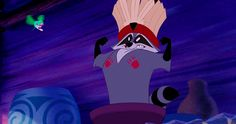 30 Day Disney Challenge: Day Animal Sidekick Meeko is a funny animal sidekick to Pocahontas. He is a bit mischievous but he can also be caring. Walt Disney, Disney Pixar, Disney Sidekicks, Disney Animation, Disney And Dreamworks, Disney Magic, Disney Characters, Disney Girls, Disney Love
