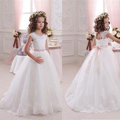 Vintage White Lace Flower Girl Dresses For Weddings 2016 Ribbons Floor Length First Communion Dresses Graduation Dress Kids Gown