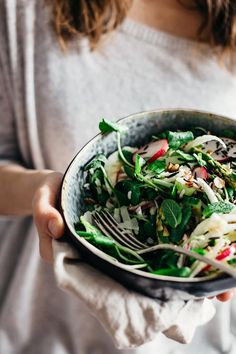 Spring Gratitude Salad with crunchy veggies, fresh greens and wild rice #detox #healthy | TheAwesomeGreen.com