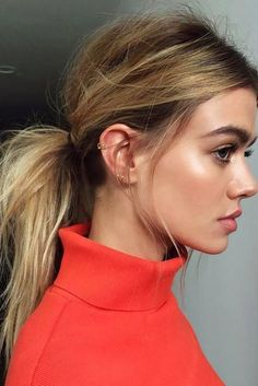 20 Lazy Day Hairstyles That Are Quick And Cute AF Lazy day hairstyles are lifesavers when you just don't have the energy to put effort into your appearance. Here are 20 different lazy day hairstyles that are super cute! Lazy Day Hairstyles, Easy Hairstyles For School, Quick Hairstyles, Ponytail Hairstyles, Pretty Hairstyles, Hairstyle Ideas, Wedding Hairstyles, Updo Hairstyle, Quinceanera Hairstyles