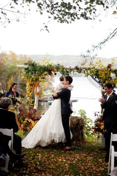 Autumn Vermont Wedding. gorgeous arbor & floral by blommaflicka.com