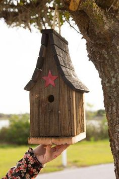 Amish Handcrafted Tall Wren Bird House by DutchCrafters on Etsy