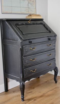 meubles anciens revisit s on pinterest porte bijoux italian garden and old cabinets. Black Bedroom Furniture Sets. Home Design Ideas