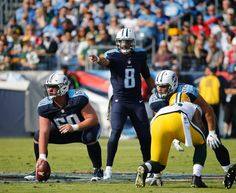 Titans beat Packers! Titans Football, Tennessee Titans, Football Helmets, Nfl, Uriah, Packers, Sports, Hs Sports, Sport