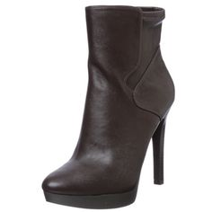 @Overstock - Stride in style with these fashionable dark brown booties from Nine West. A luxurious leather and buckle embellishment highlight these 4.5-inch booties.   http://www.overstock.com/Clothing-Shoes/Nine-West-Womens-Izzabel-Bootie/6773878/product.html?CID=214117 $69.99