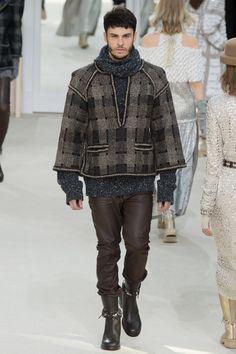 Chanel Fall 2016 Ready-to-Wear Fashion Show - Baptiste Giabiconi