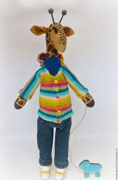 Giraffe toy / Игрушки животные, ручной работы. Заказать Жирафик Сеня. Твоя любимая игрушка. Ярмарка Мастеров. Полоска, холлофайбер