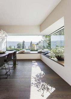 Don't let the space near your window unused. Instead, turn the space into a comfy window seat. Here we listed window seat ideas to help you create one Modern House Design, Modern Interior Design, Modern Interiors, Interior Ideas, Contemporary Interior, Simple Home Design, Big Modern Houses, Contemporary Houses, Hotel Interiors