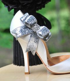 Sparkly Silver or Gold Bow Shoe Clips Edgy Holidays by sofisticata, $40.00