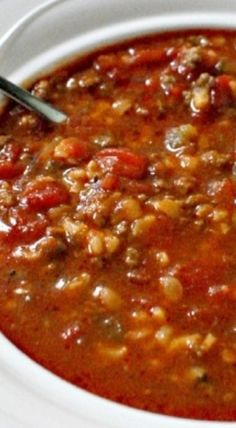 Stuffed Pepper Soup Recipe ~ all of the flavors of classic oven baked stuffed peppers.  use good beef and bulgar for rice and you have a nice low point meal