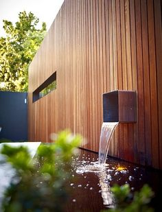 Ideas for the Perfect Water Feature - SA Decor & Design Architecture Details, Landscape Architecture, Landscape Design, Timber Cladding, Exterior Cladding, Minimalism Living, Water Features In The Garden, Garden Fountains, Modern Landscaping