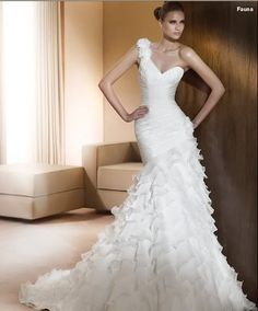 階層化された結婚式白い恋人片方の肩人魚の花嫁のイブニングドレスのカスタムが作った6810121416+++