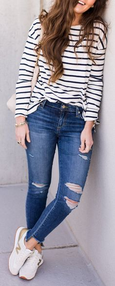 adorable spring outfits / White Striped Top / Ripped Skinny Jeans / White Sneakers