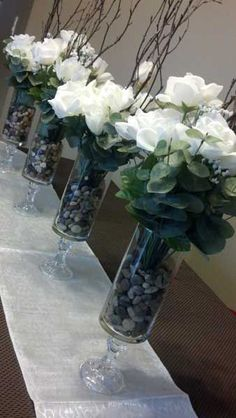 New Diy Wedding Flowers Centerpieces Dollar Stores Ideas Dollar Store Centerpiece, Party Table Centerpieces, Cheap Centerpiece Ideas, Graduation Centerpiece, Quinceanera Centerpieces, Table Decorations, Flower Vases, Flower Arrangements, Diy Flowers