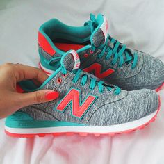 Linen or denim, either way, want New Balance