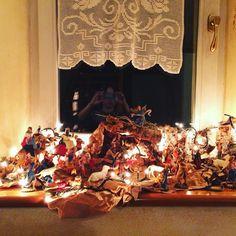 Il Natale! #christmas #holidays #tistheseason #holiday #winter #instagood #happyholidays #elves #lights #presents #gifts #gift #tree #decorations #ornaments #carols #santa #santaclaus #christmas2014 #photooftheday #love #xmas #red #green #christmastree #family #jolly #snow #merrychristmas