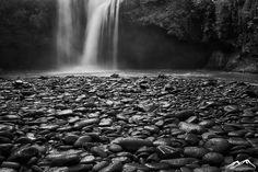 Pebble Falls Bali | von aarondowlingphotography