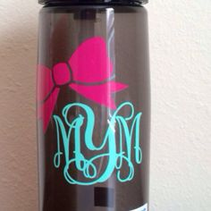Perfect gift! #EtsyMustHaves | Monogrammed Personalized Bow Camelbak Water Bottle