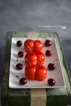 Mousse de Cereza con Glaseado Espejo Flan, Mousse Cake, Cherry, Fresh, Sweet, Cherries, Frosting, Mirrors, Pudding