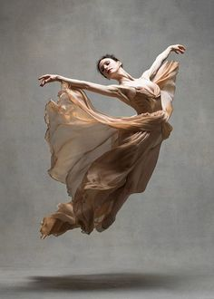 <<Liudmila Konovalova (Vienna State Ballet) # Photo © NYC Dance Project (Deborah Ory and Ken Browar)>> Ballet Art, Ballet Dancers, Dance Aesthetic, Dance Project, Dance Movement, Art Of Movement, Poses References, Ballet Photography, Figure Photography