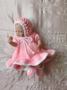 """Hand knitted dolls clothes to fit 10"""" doll/reborn baby/Ashton Drake Emmy"""
