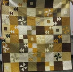 Quilting Blog - Cactus Needle Quilts, Fabric and More: Yellow Pinwheels Quilt