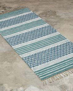 Anki rugs is the supplier of custom handmade rugs. — ANKI - Anki rugs is the supplier of custom handmade rugs. Weaving Designs, Weaving Patterns, Textile Patterns, Textiles, Handmade Rugs, Handmade Crafts, Crochet Home Decor, Handmade Headbands, Tear