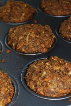 Healthy Apple Carrot Muffins -- no refined sugar or butter, can easily make it vegan.