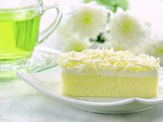 Vanilla Cake, Lime, Deserts, Sweets, Romania, Food, Limes, Gummi Candy, Candy