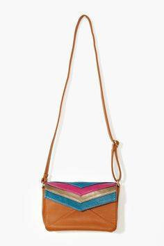 Love this chevron cross body bag