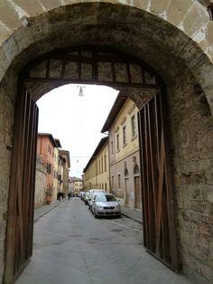 """""""Porta Nuova"""", Colle di Val d'Elsa Italia (Marzo)"""